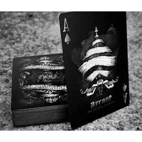 Bicycle Arcane Black kártya, 1 csomag